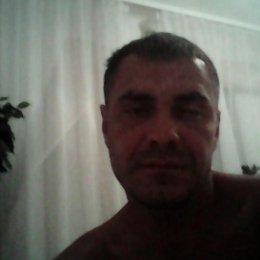Семейная пара ищет полную девушку для секс встреч в Твери